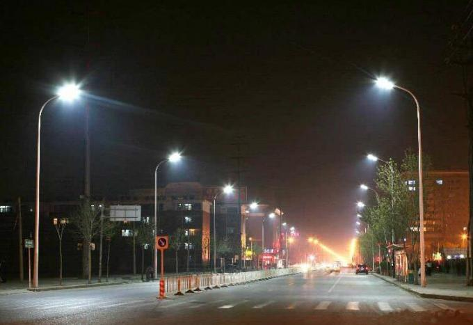 Motion Sensor LED Street Lights 100w Dimmable 3000k  Impact Resistance