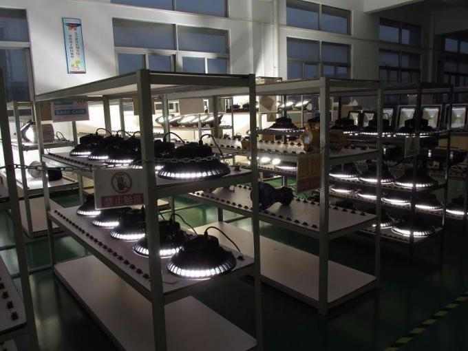 High Lumen LED UFO High Bay Light ,  200W Fin High Bay LED Lights