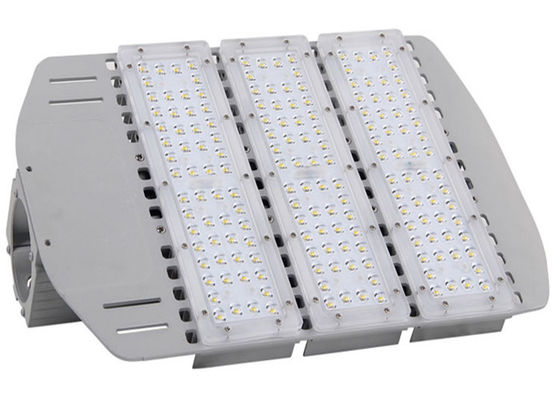 China No Adverse Glare LED Street Lights 120lm / W Low Light Failure 5 Years Warranty supplier